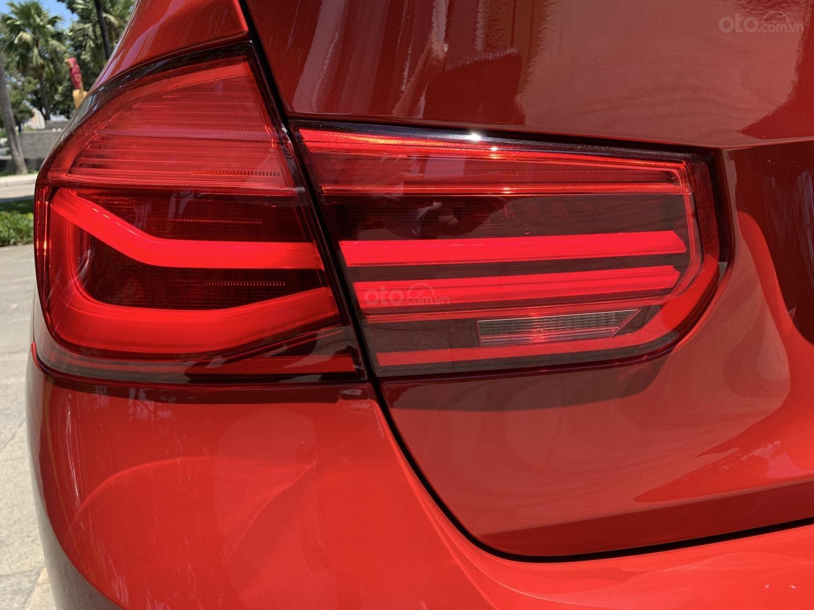 BMW 320i 2019 - KM 100% trước bạ - Liên hệ 0938308393-7