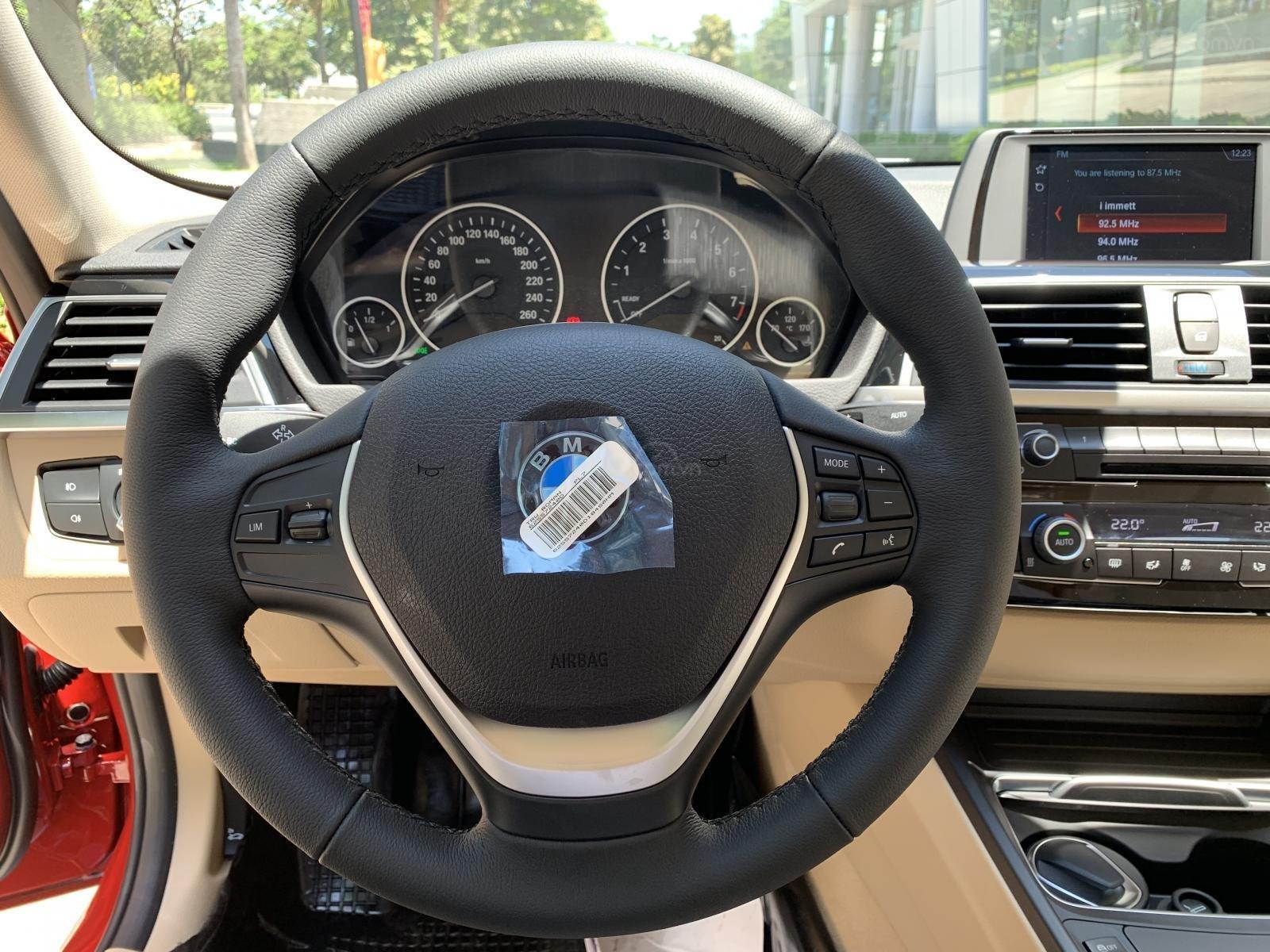 BMW 320i 2019 - KM 100% trước bạ - Liên hệ 0938308393-15