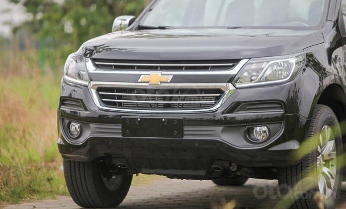 """Bán Chevrolet Trailblazer giảm giá ưu đãi """"100 triệu"""" duy nhất trong tháng - Nhận xe ngay - Giá tốt nhất (4)"""