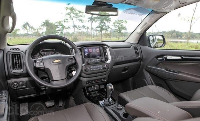 """Bán Chevrolet Trailblazer giảm giá ưu đãi """"100 triệu"""" duy nhất trong tháng - Nhận xe ngay - Giá tốt nhất (5)"""