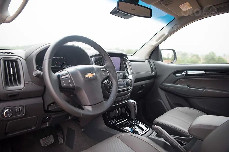 """Bán Chevrolet Trailblazer giảm giá ưu đãi """"100 triệu"""" duy nhất trong tháng - Nhận xe ngay - Giá tốt nhất (16)"""