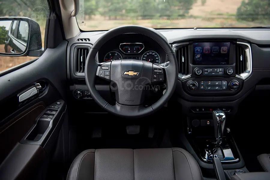 """Bán Chevrolet Trailblazer giảm giá ưu đãi """"100 triệu"""" duy nhất trong tháng - Nhận xe ngay - Giá tốt nhất (18)"""