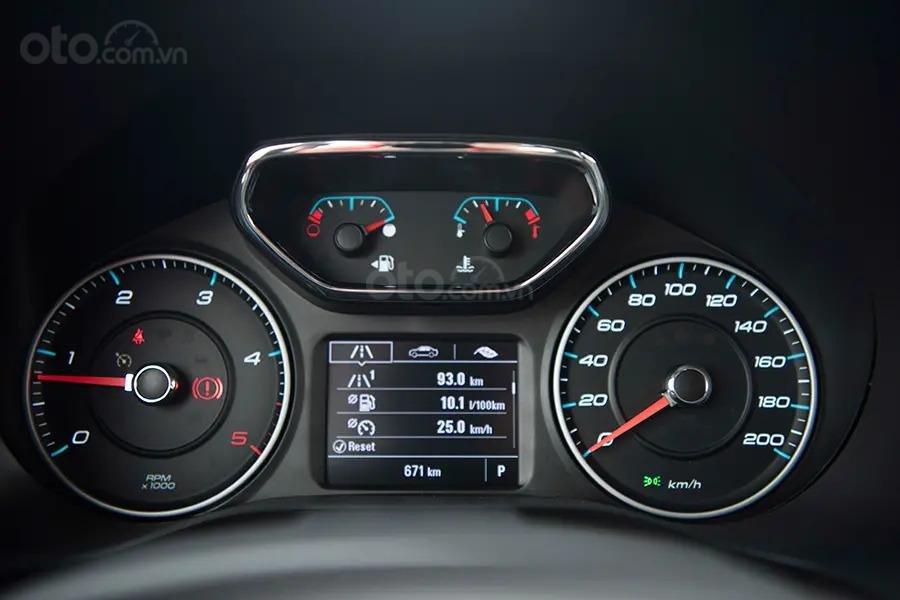 """Bán Chevrolet Trailblazer giảm giá ưu đãi """"100 triệu"""" duy nhất trong tháng - Nhận xe ngay - Giá tốt nhất (19)"""