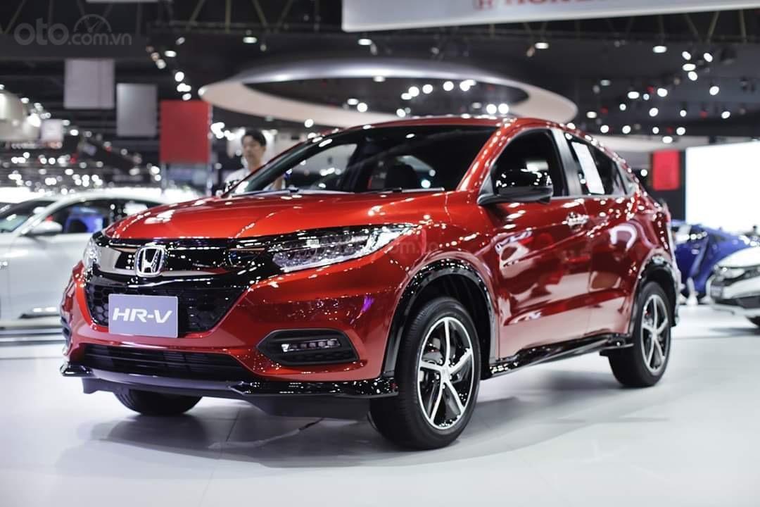 Honda HR-V L, màu đỏ, nhập khẩu. Bao góp trọn gói 250tr. LH 0933.683.056-0