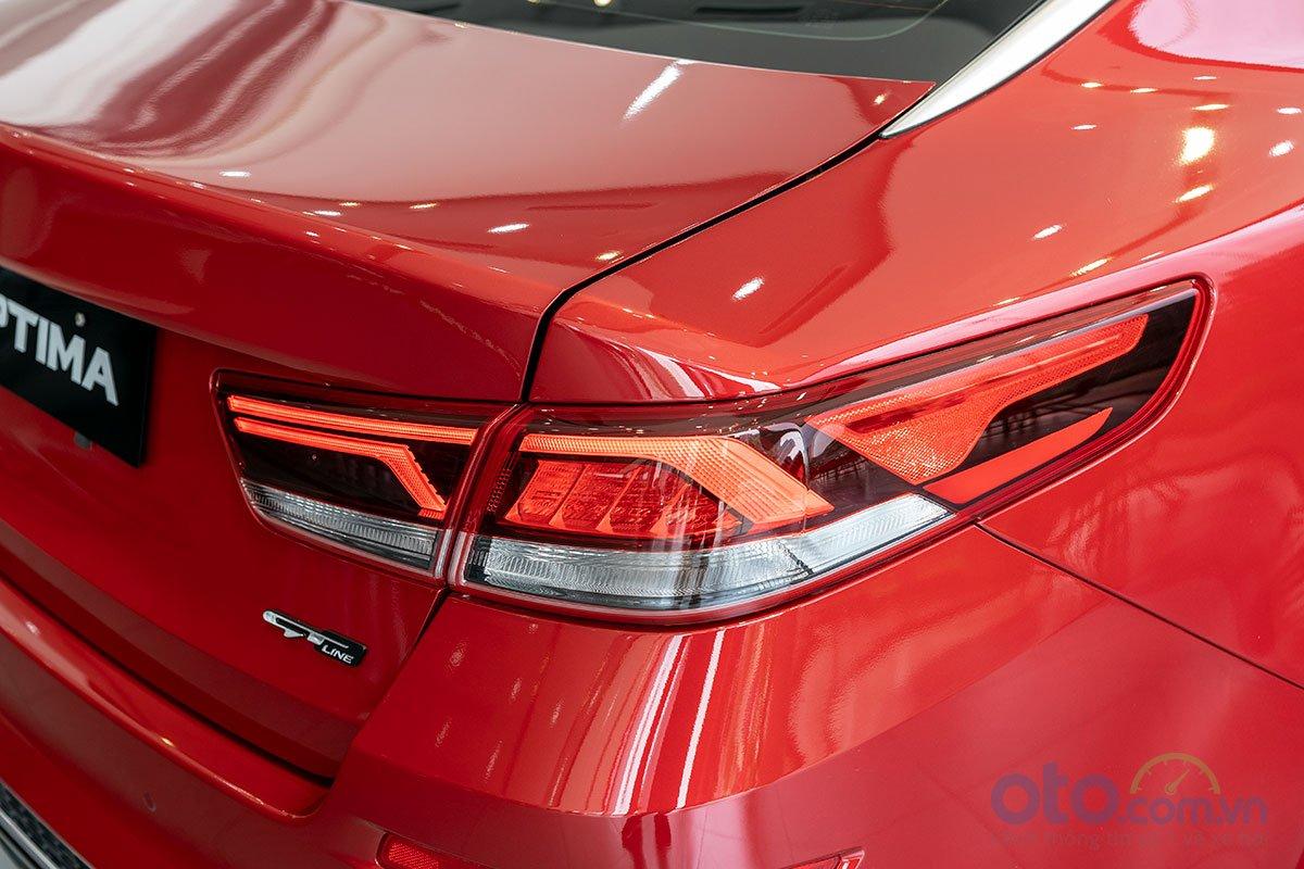 Đánh giá xe Kia Optima 2019: Cụm đèn hậu LED kiểu mới 1.