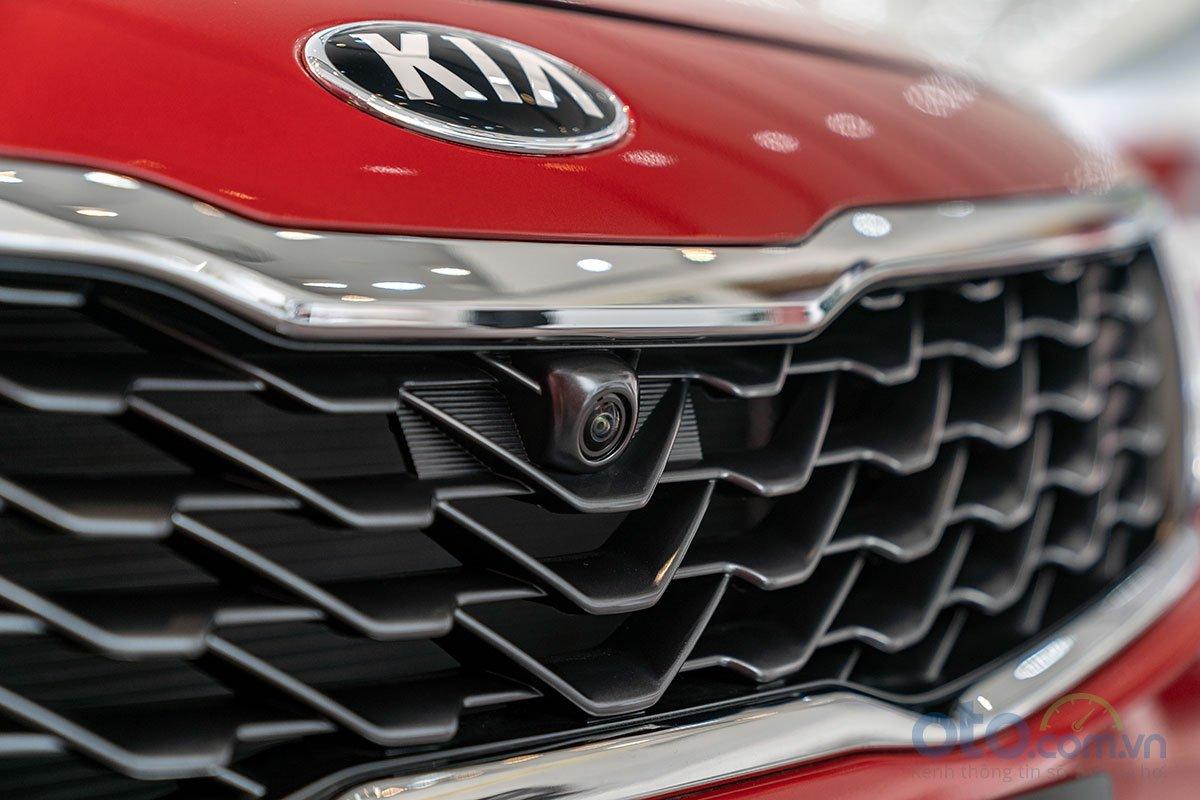 Đánh giá xe Kia Optima 2019: Camera lùi 360 độ 1.