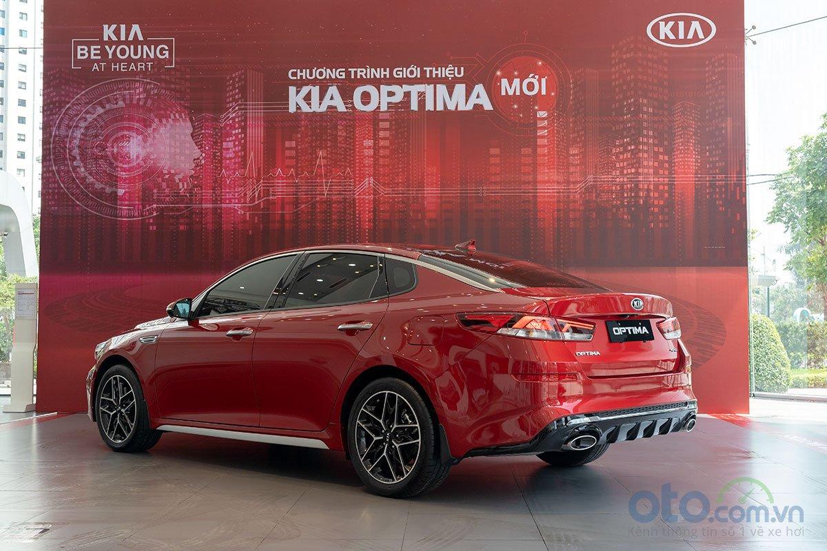 Đánh giá xe Kia Optima 2019: Vẫn là một chiếc xe dễ lái với nhiều hỗ trợ đi kèm 1