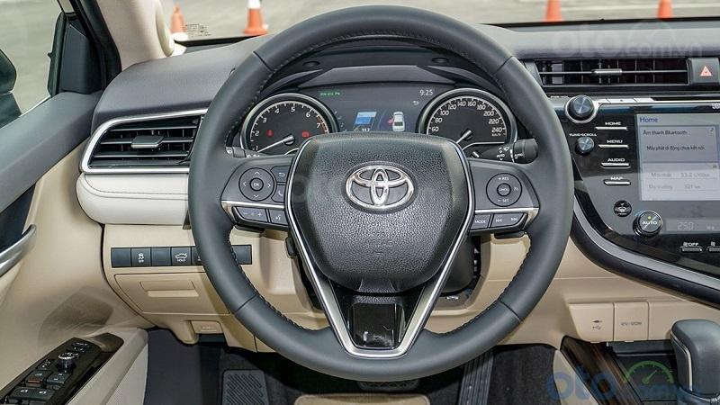 Vô lăng Toyota Camry 2.5Q 2019...