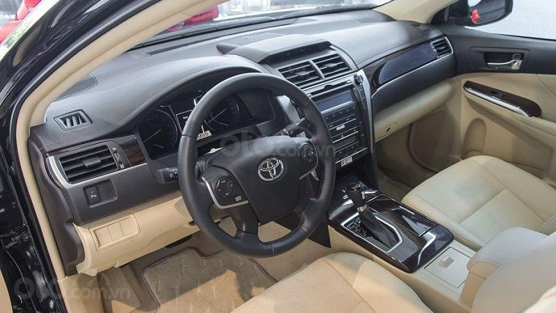 Cabin Toyota Camry 2.5Q 2018...