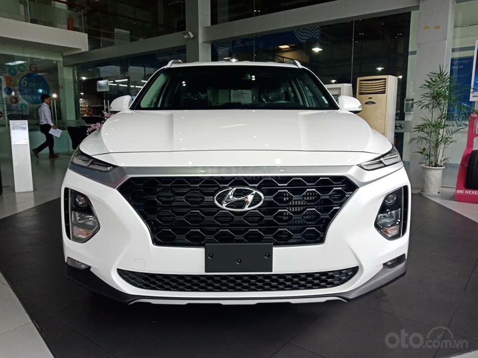 Bán Hyundai Santa Fe 2019, màu trắng, xe nhập, giá chỉ 995 triệu-0
