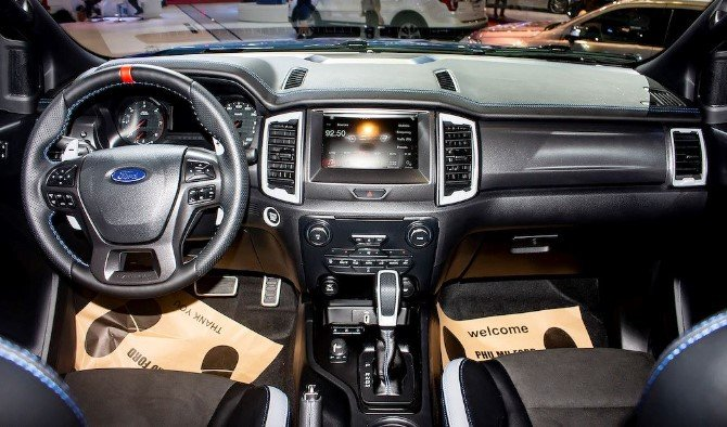 Giá xe Ford Ranger Raptor mới nhất hiện nay - Ảnh 1.