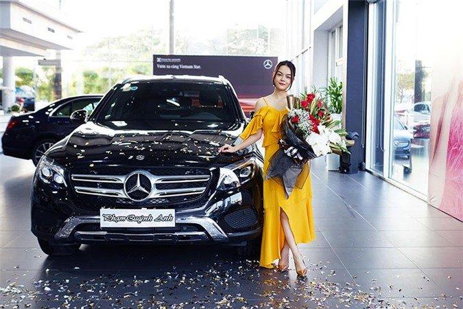 Mercedes-Benz GLC 250 mà Phạm Quỳnh Anh vừa mua có gì đặc biệt? a2