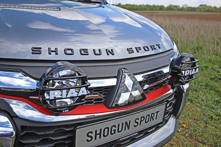 Lộ diện Mitsubishi Pajero Sport bản cực chất mới a3.