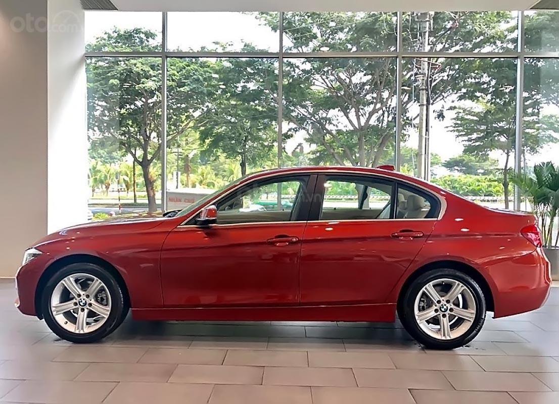 Bán ô tô BMW 3 Series năm 2018, màu đỏ, nhập khẩu-0