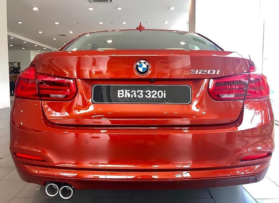 Bán ô tô BMW 3 Series năm 2018, màu đỏ, nhập khẩu-3