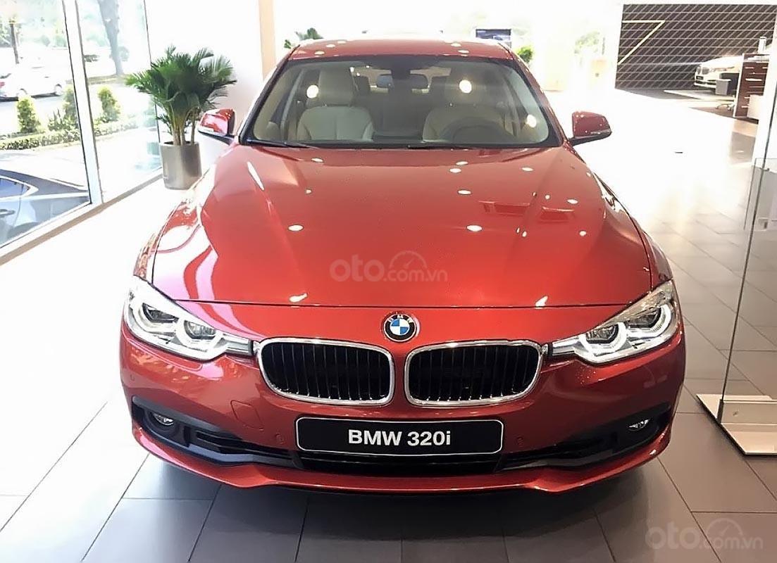 Bán ô tô BMW 3 Series năm 2018, màu đỏ, nhập khẩu-1
