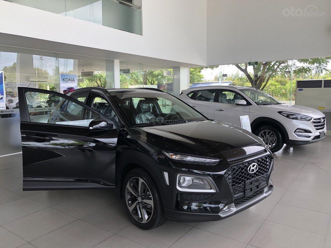Cần bán Hyundai Kona 2019, tặng ngay 3 món phụ kiện khi đặt cọc xe, liên hệ: 0905976950 (3)