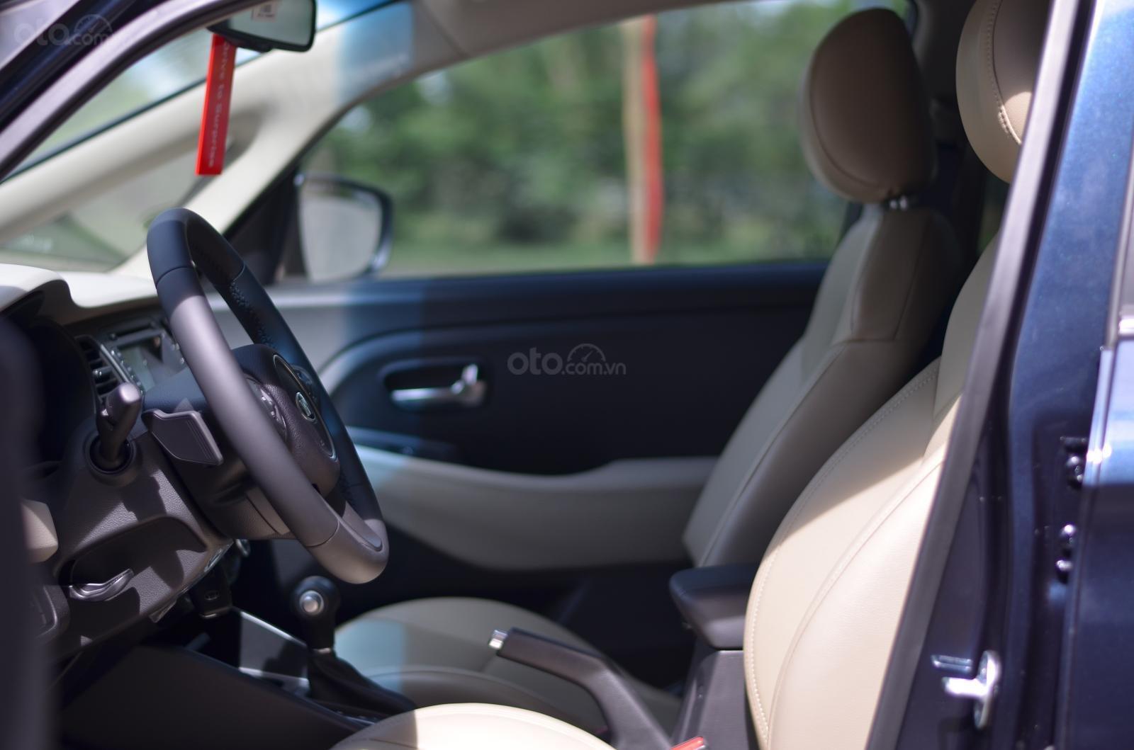 Xe Kia Rondo 2019 giá ưu đãi có xe giao ngay, số lượng xe có hạn (11)