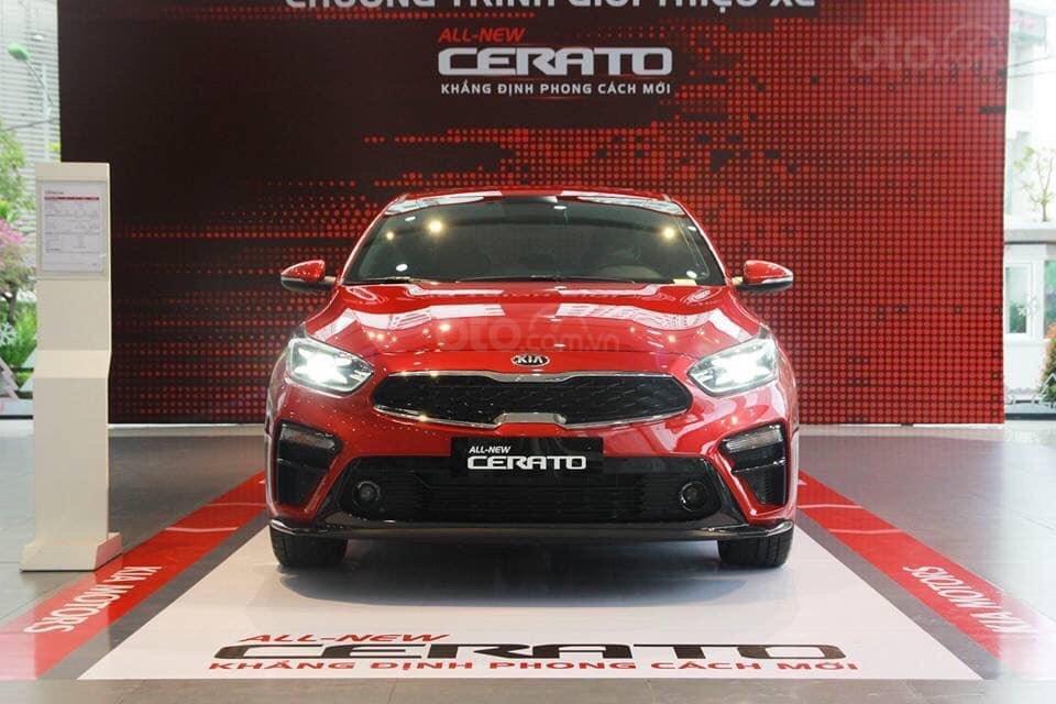 Cần bán Kia Cerato Premium sản xuất năm 2019, màu đỏ-1