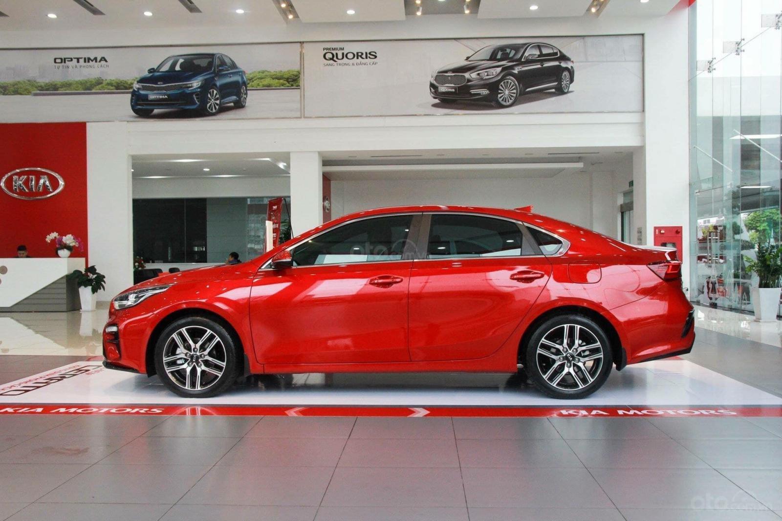 Cần bán Kia Cerato Premium sản xuất năm 2019, màu đỏ-0