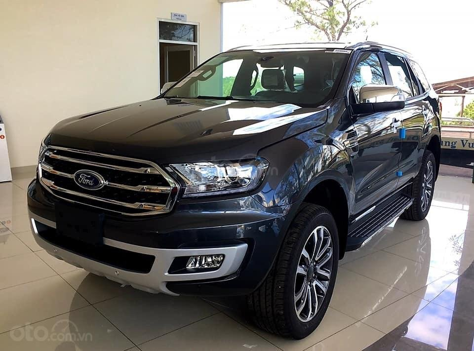 Bán xe Ford Everest titanium sản xuất 2019, màu đen, nhập khẩu nguyên chiếc -1