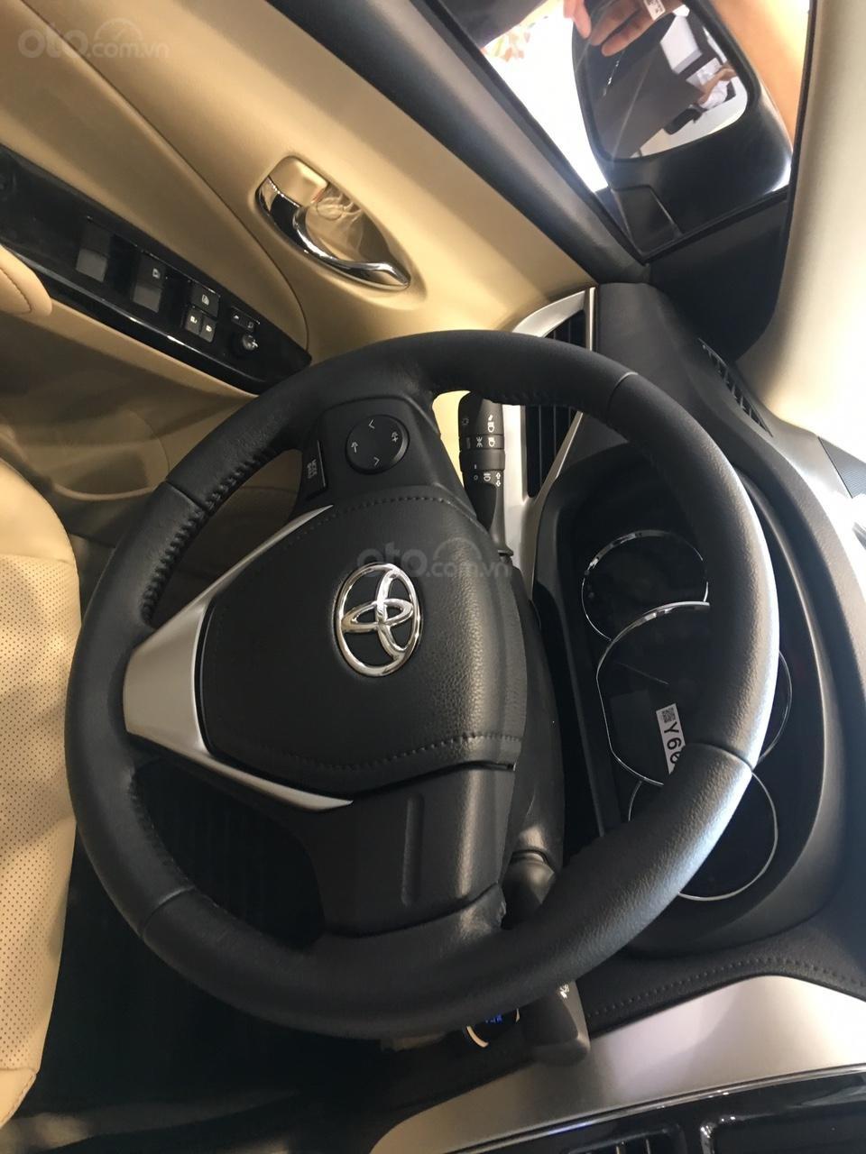 Toyota Vios E giá 497 triệu đồng tặng DVD, camera lùi, dán kính trải sàn liên hệ 093 6200062-6