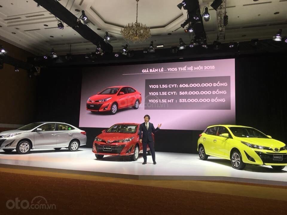 Toyota Vios E giá 497 triệu đồng tặng DVD, camera lùi, dán kính trải sàn liên hệ 093 6200062-9