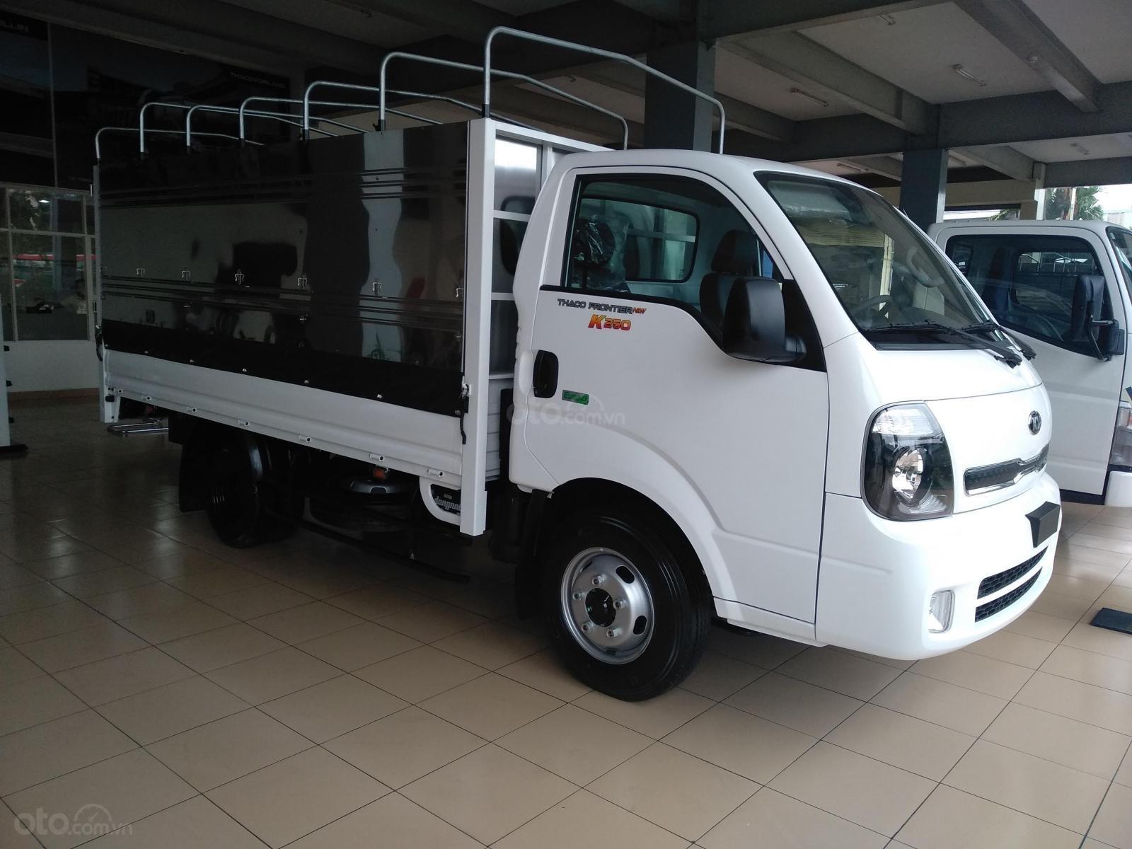 Bán xe tải Kia K250 tải trọng (1,49 tấn-2,49 tấn), thùng dài 3,5 mét, thủ tục vay nhanh gọn (2)