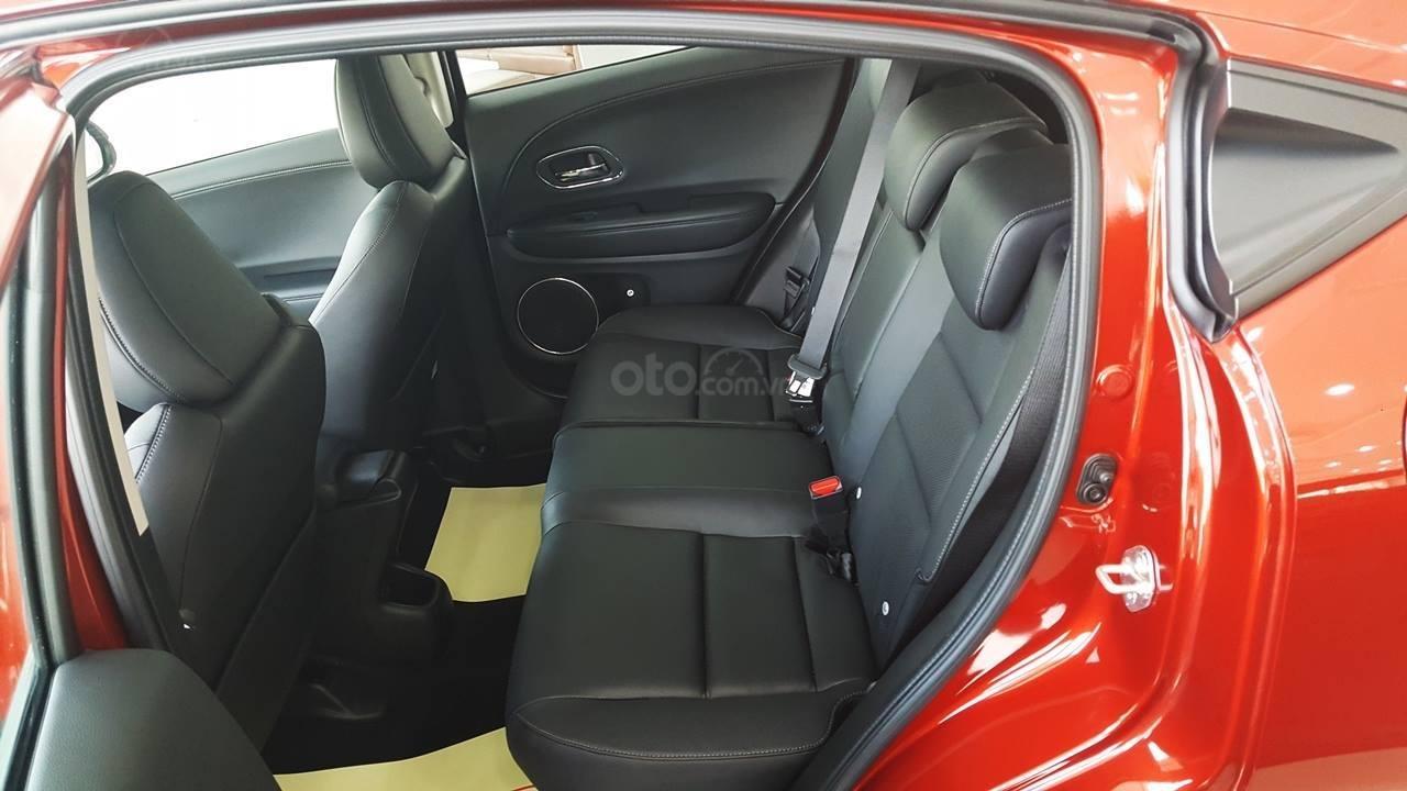 Bán Honda HR-V L năm 2019, màu đỏ, nhập khẩu-1