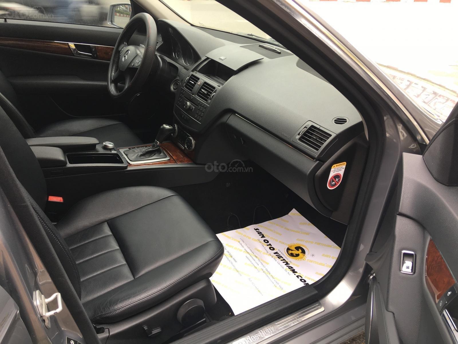 Bán ô tô Mercedes C250 CGI 2011, màu xám (ghi)-3