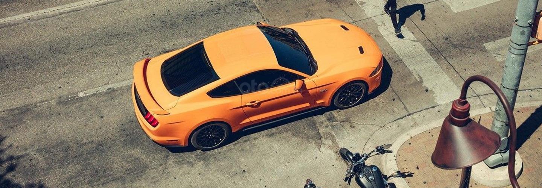 Ưu nhược điểm Ford Mustang 2019: Sang nhưng tiện dùng