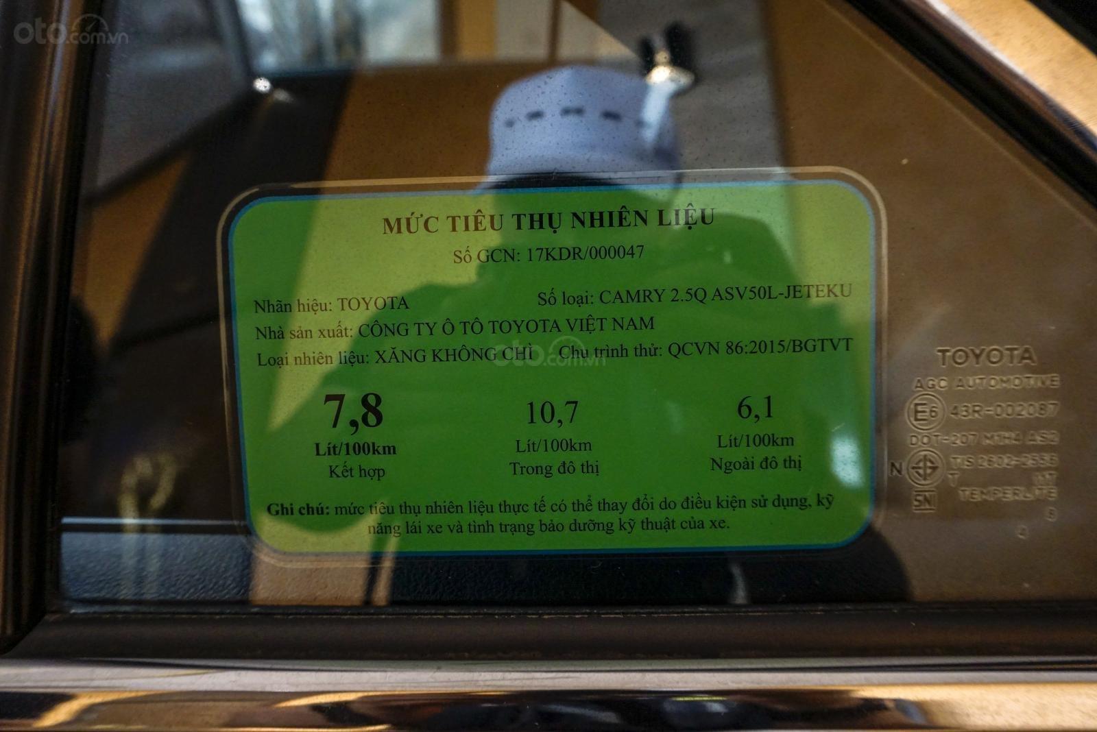 Mức tiêu thụ nhiên liệu của Toyota Camry 2018.