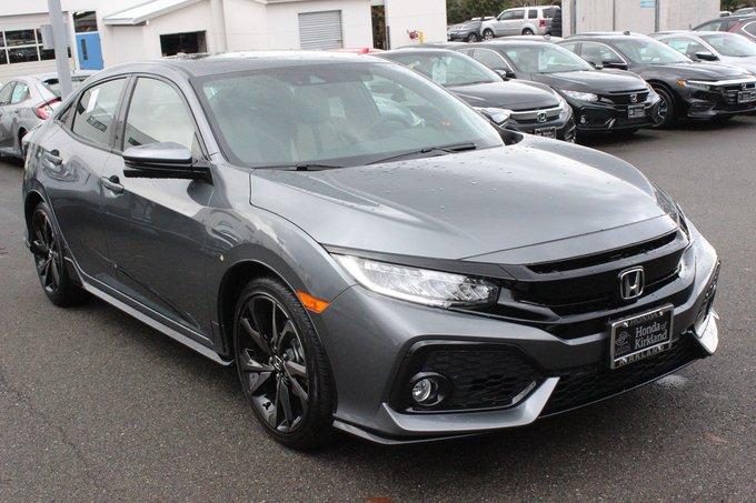 Honda Civic 2019 màu ghi bạc