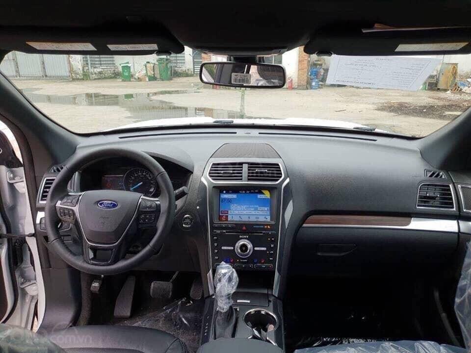 Bán Ford Explorer 2019, nhập khẩu, màu đen giao ngay, trả góp 90%. LH 0978212288-3