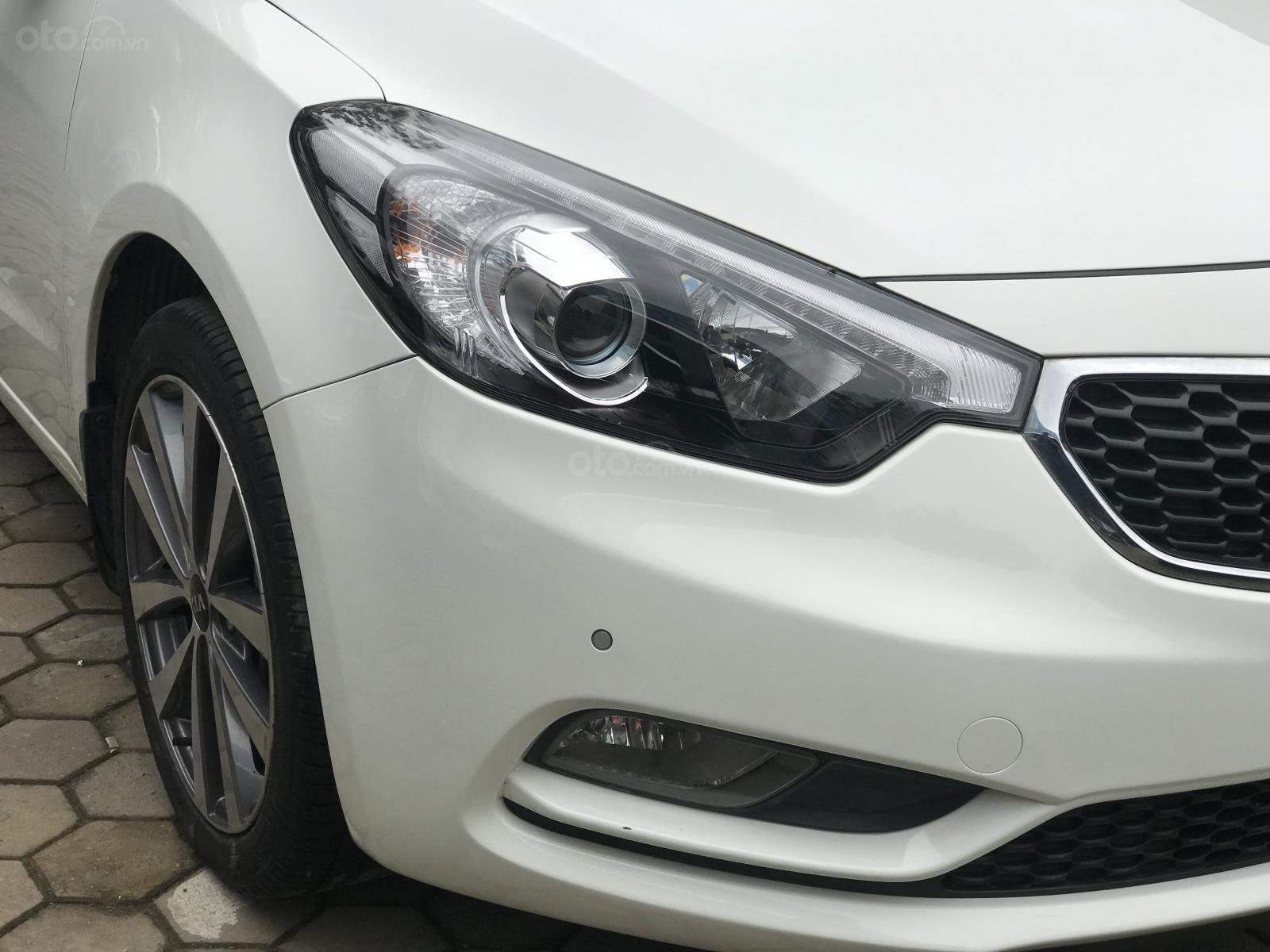 Bán xe Kia K3 2.0 đời 2015, màu trắng, giá 545tr-9