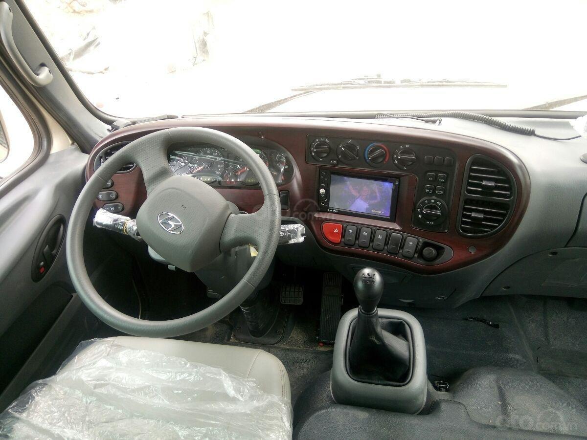 Bán xe Hyundai County 2019, xe mới (2)