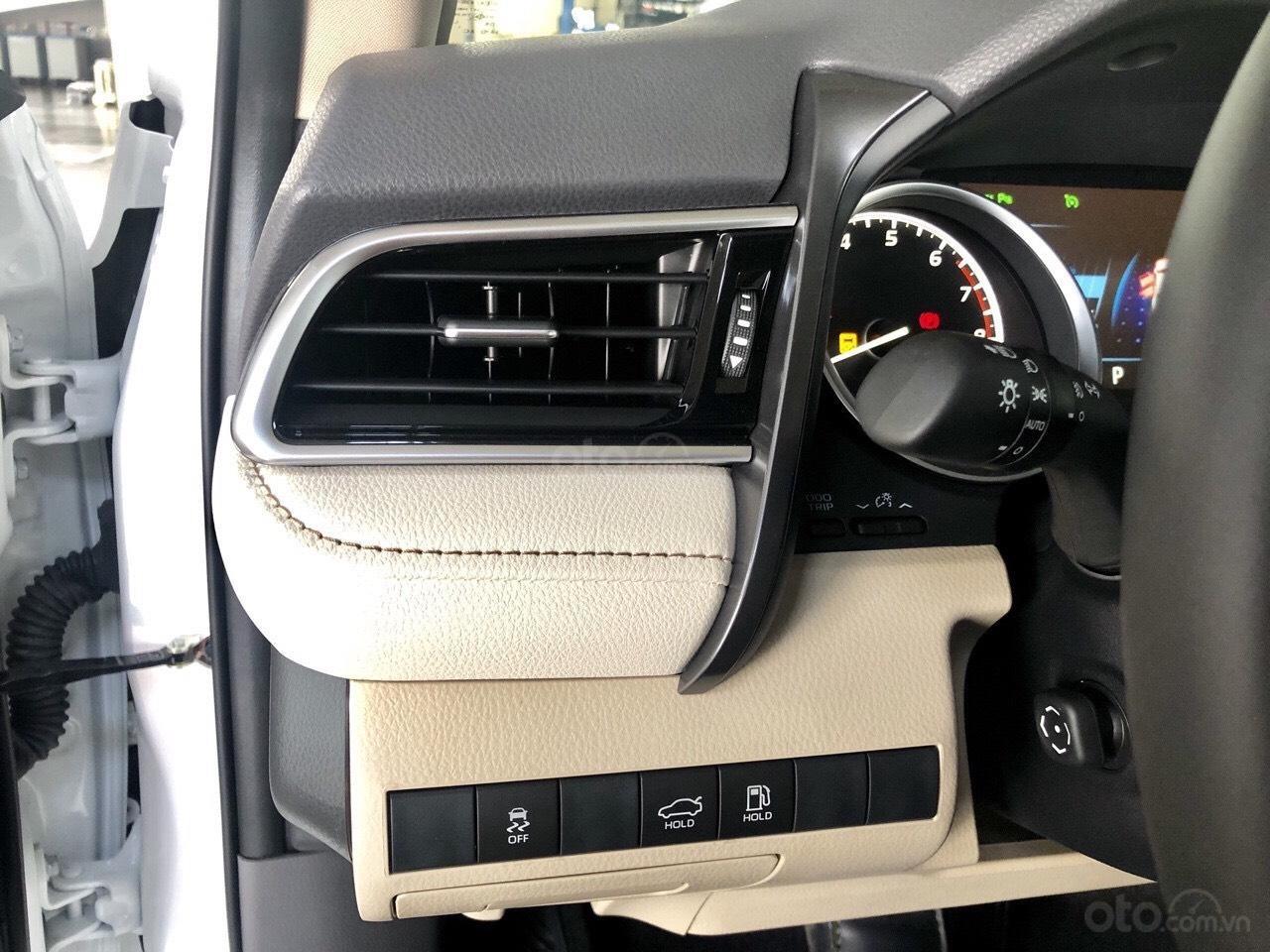 Bán xe Camry 2019 nhập Thái- đẳng cấp, sang trọng, thế hệ thông minh, nhận đặt xe từ bây giờ-4
