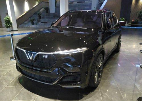 Ảnh chụp xe VinFast LUX V8 2019: