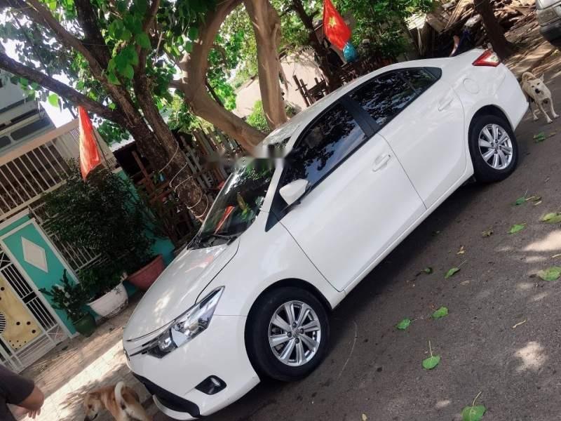 Cần bán xe Toyota Vios đời 2017, màu trắng, nhập khẩu nguyên chiếc -0