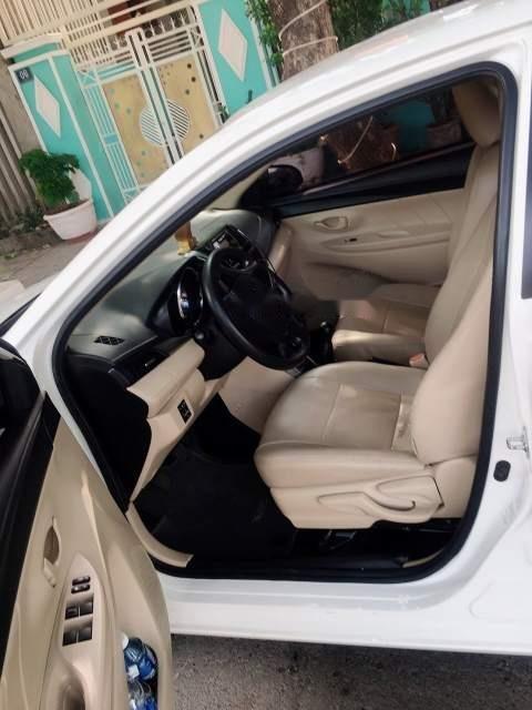 Cần bán xe Toyota Vios đời 2017, màu trắng, nhập khẩu nguyên chiếc -1