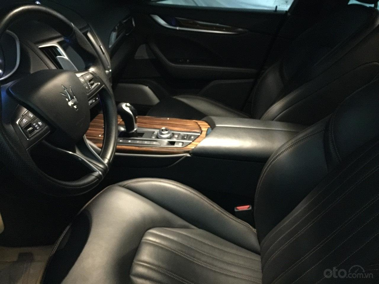 Bán xe Maserati Levante sản xuất năm 2017, xe nhà sử dụng đang còn mới tinh (4)