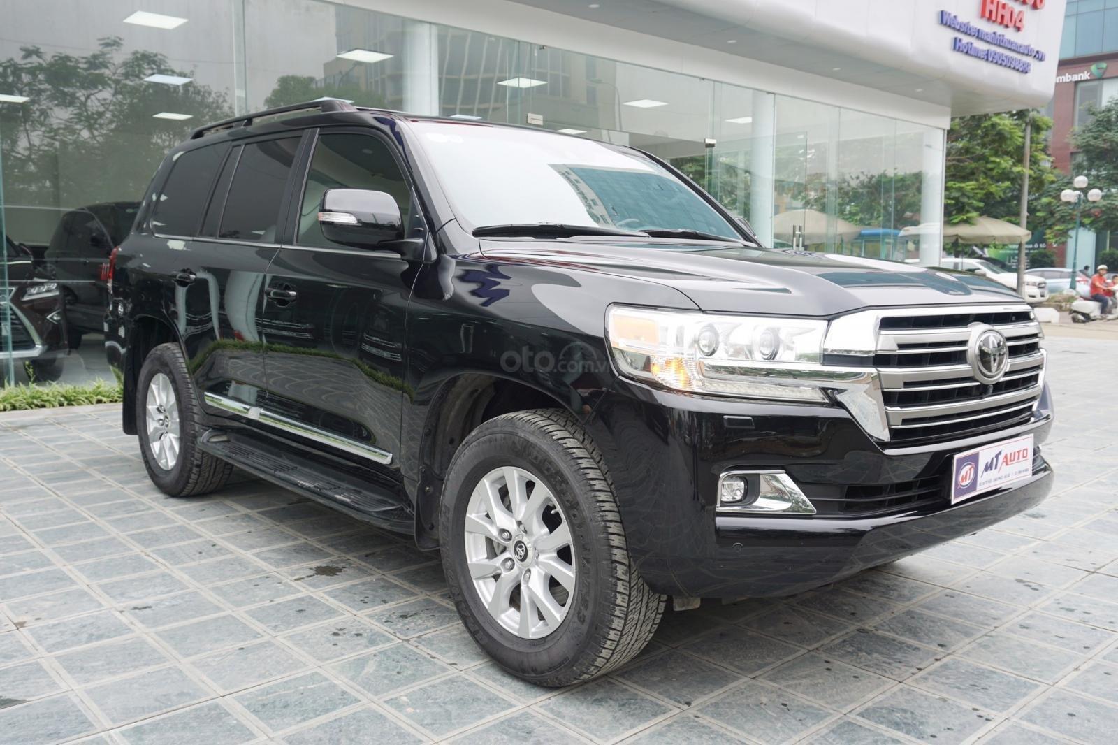 Bán Toyota Land Cruiser 5.7 2015, màu đen, xe nhập Mỹ, LH Ms Hương 094.539.2468 (2)