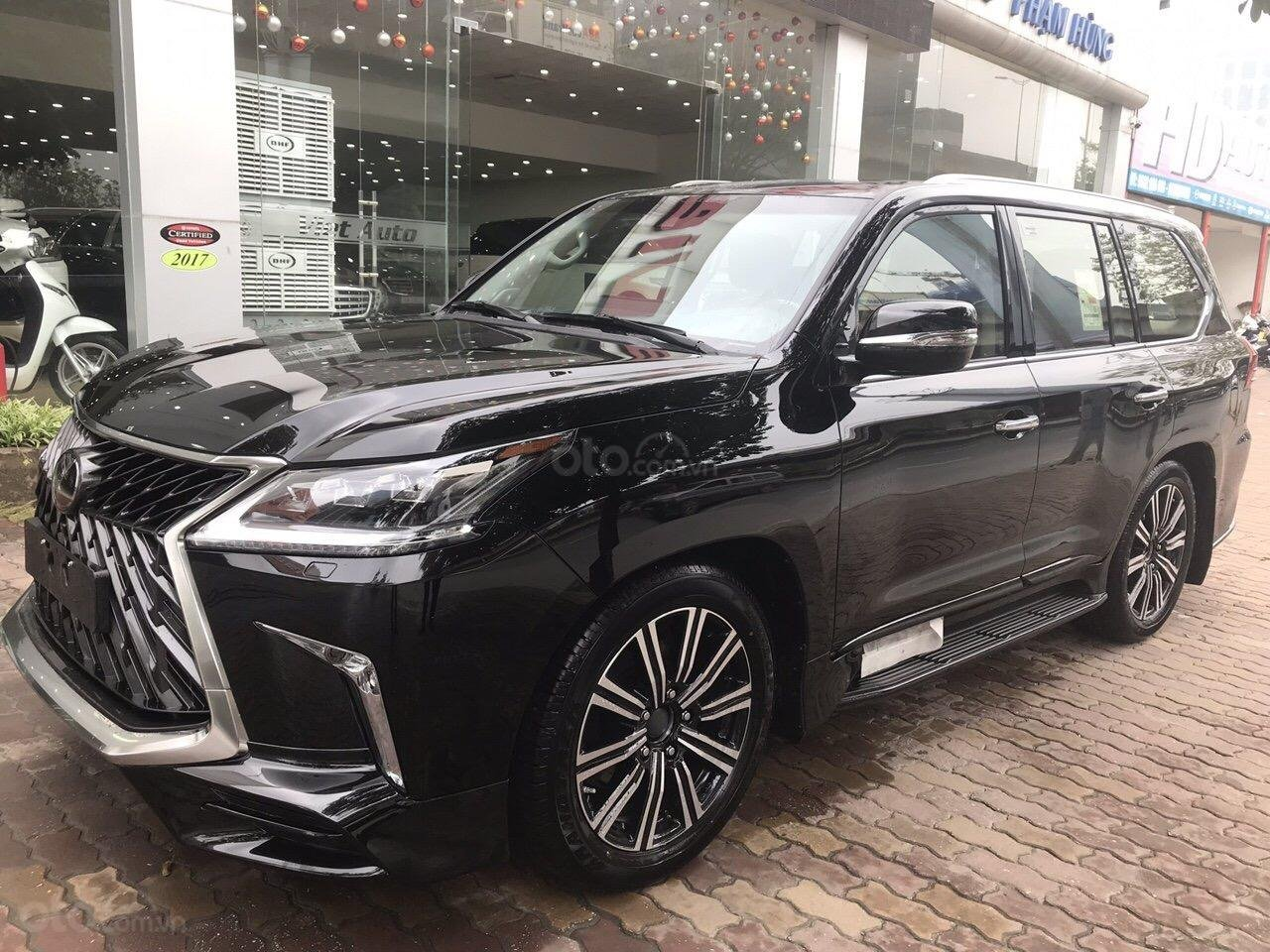 Bán Lexus LX570 Super Sport Autobiography MBS Edition 2019, bản 04 chỗ, xe giao ngay-1