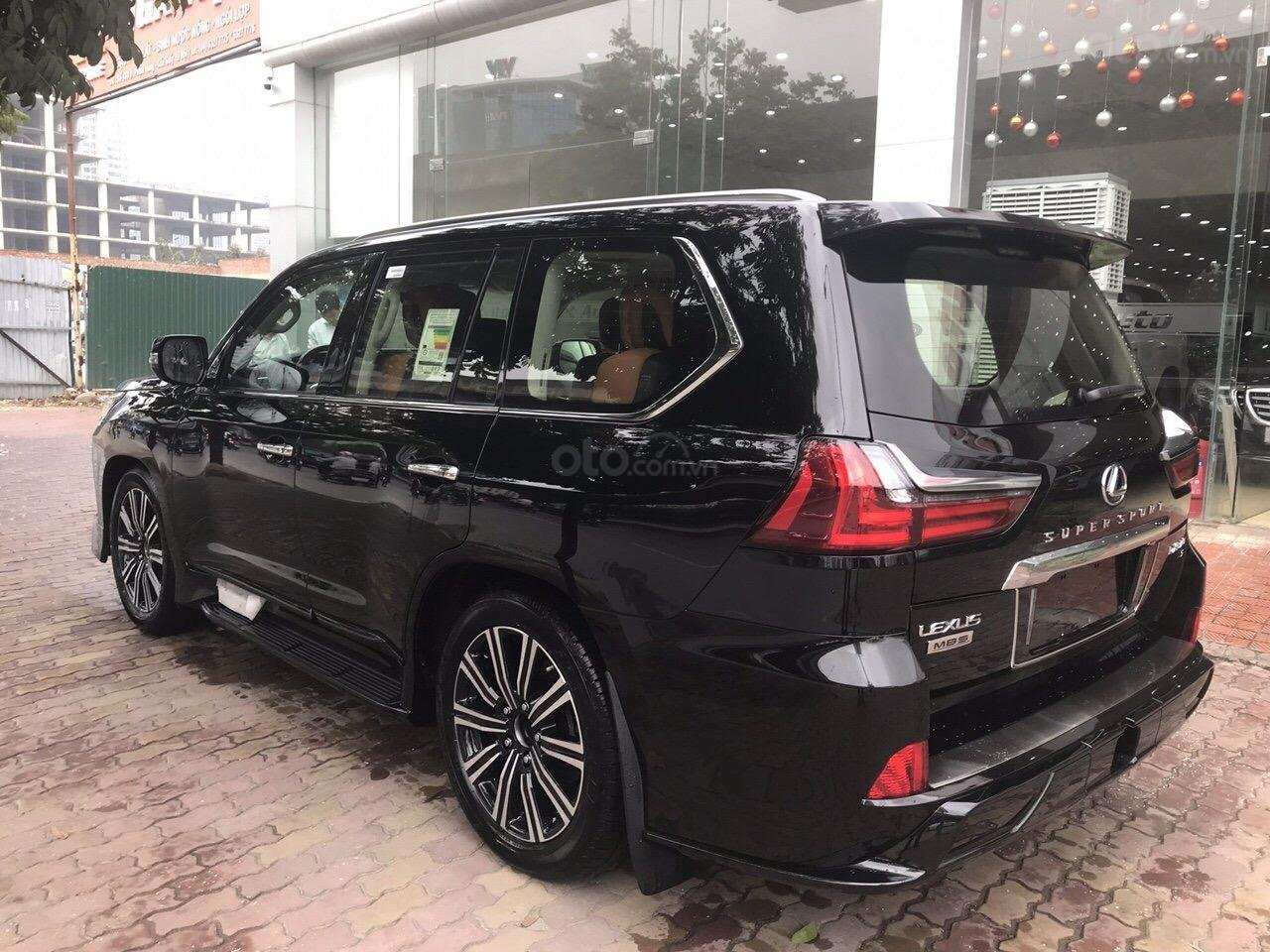 Bán Lexus LX570 Super Sport Autobiography MBS Edition 2019, bản 04 chỗ, xe giao ngay-5