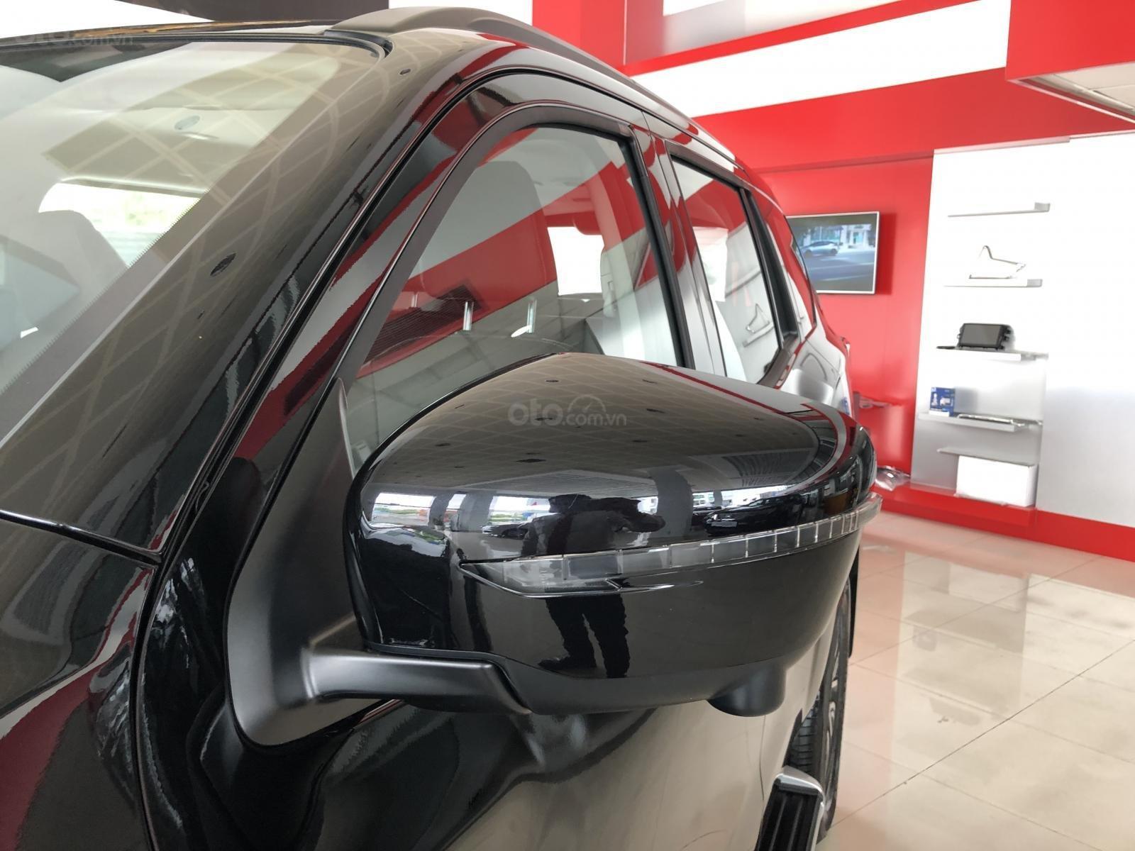 Cần bán Nissan Terra V 2.5 AT 4 WD sản xuất 2019, tặng BHVC thân xe, CTKM hấp dẫn, giao xe ngày, LH 0938 357 929-6