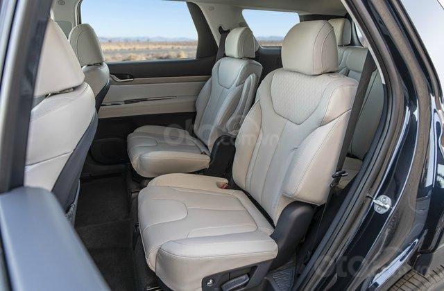 Hàng ghế thứ 2 trên Hyundai Palisade 2020