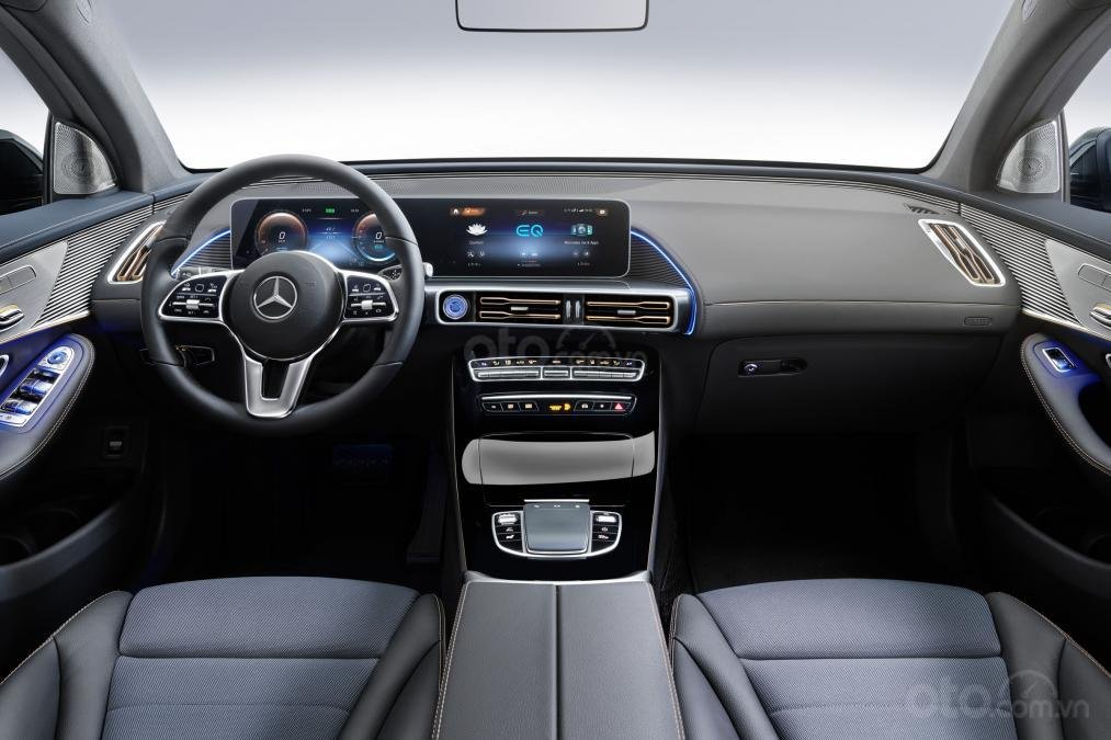 Mercedes EQC - khoang nội thất