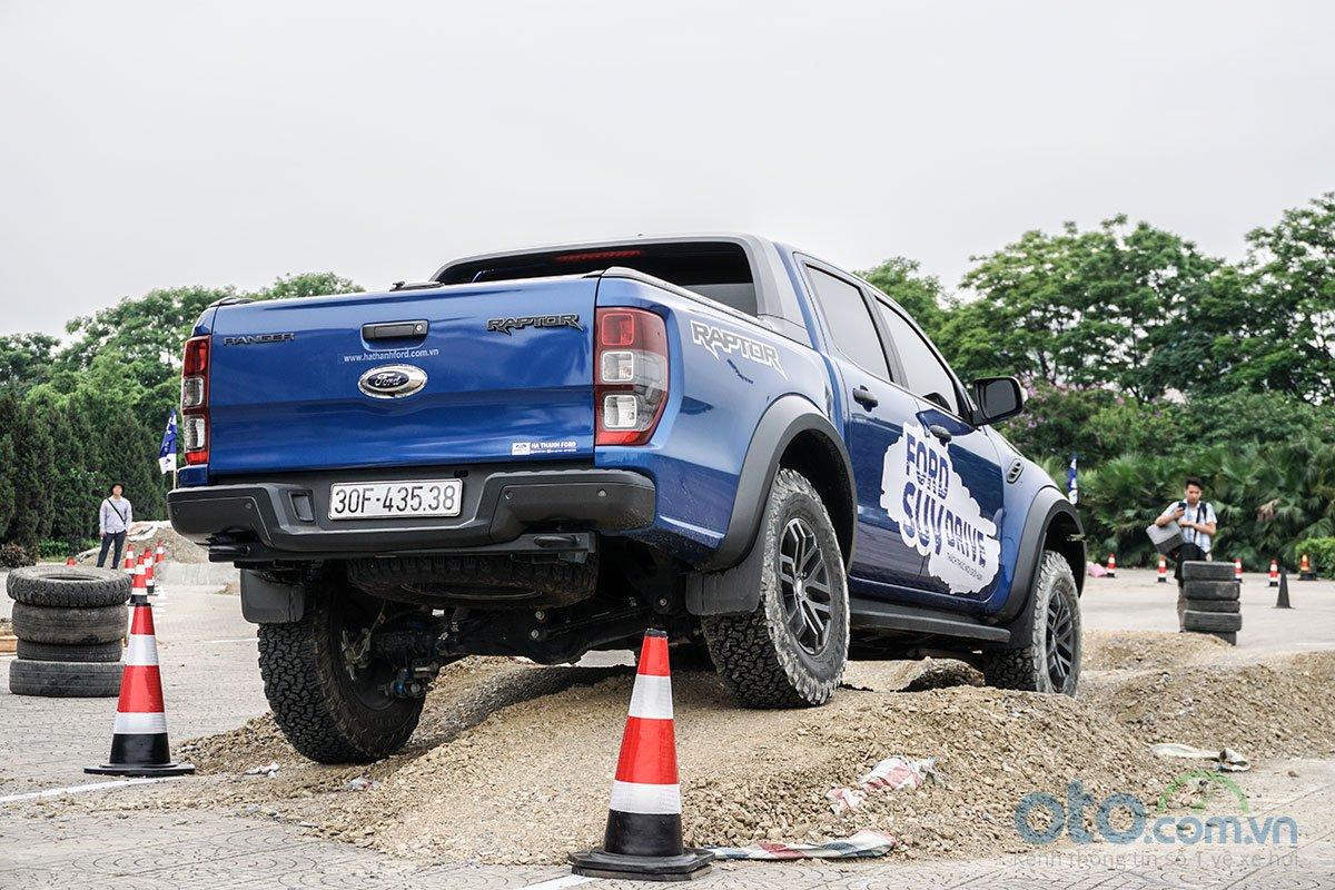 Các bài trải nghiệm Ford SUV Drive đa dạng 4.
