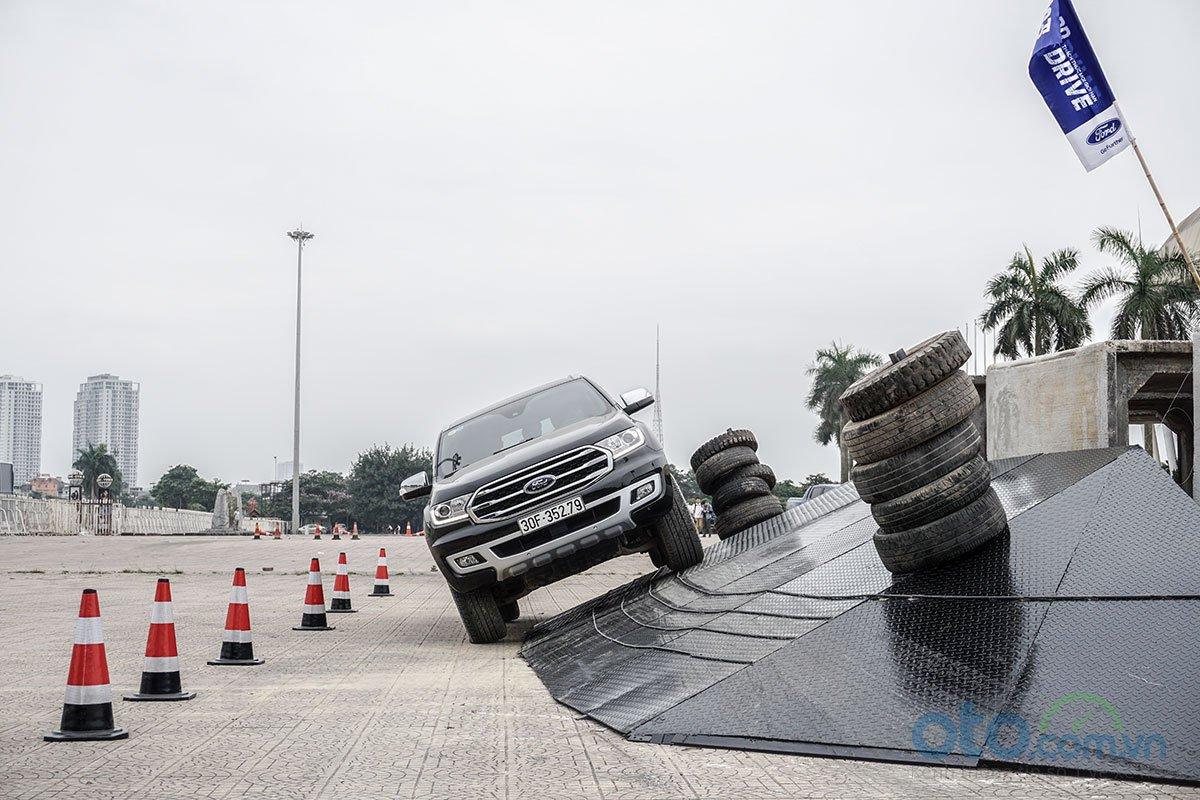 Ford SUV Drive - chương trình trải nghiệm cho khách hàng 2.