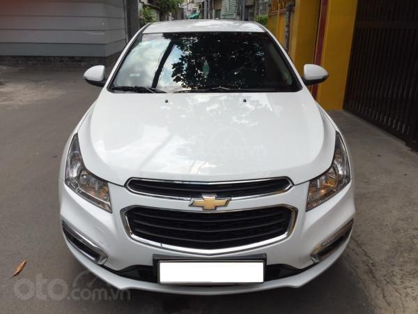 Cần bán xe Chevrolet Cruze 2016, số sàn, màu trắng, xe cọp, nhà trùm mền rất ít sử dụng-0